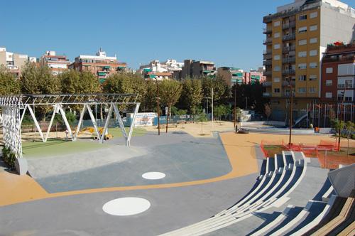 Plaça Països Catalans construïda2