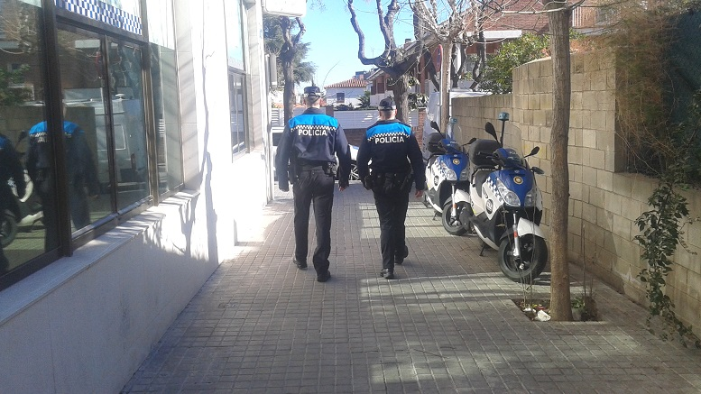 Agents de la Policia Local de Premià de Mar